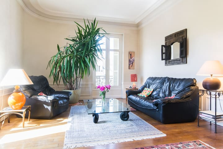 Town centre, very bright apartement - Dijon - Wohnung