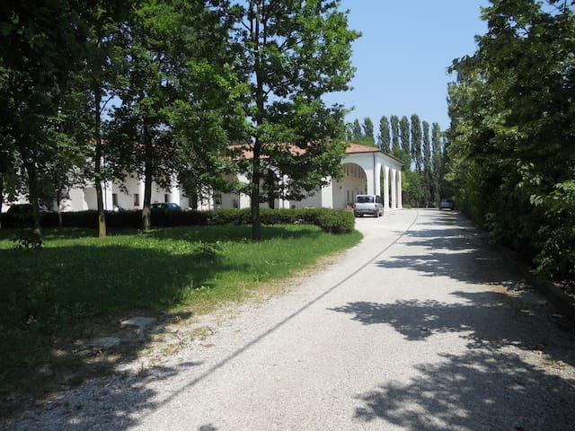 Apartments in a villa near Venice - Musestre - Apartamento