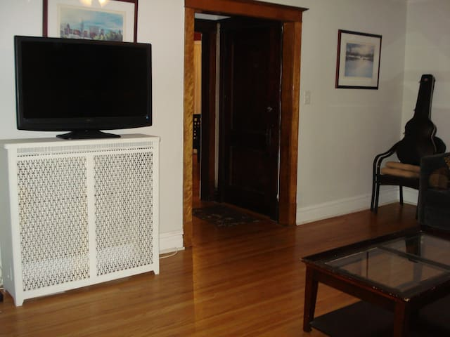 APARTMENT FULLY FURNISH CLOSE TO THE CITY HOLD 6PP - Oak Park - Byt