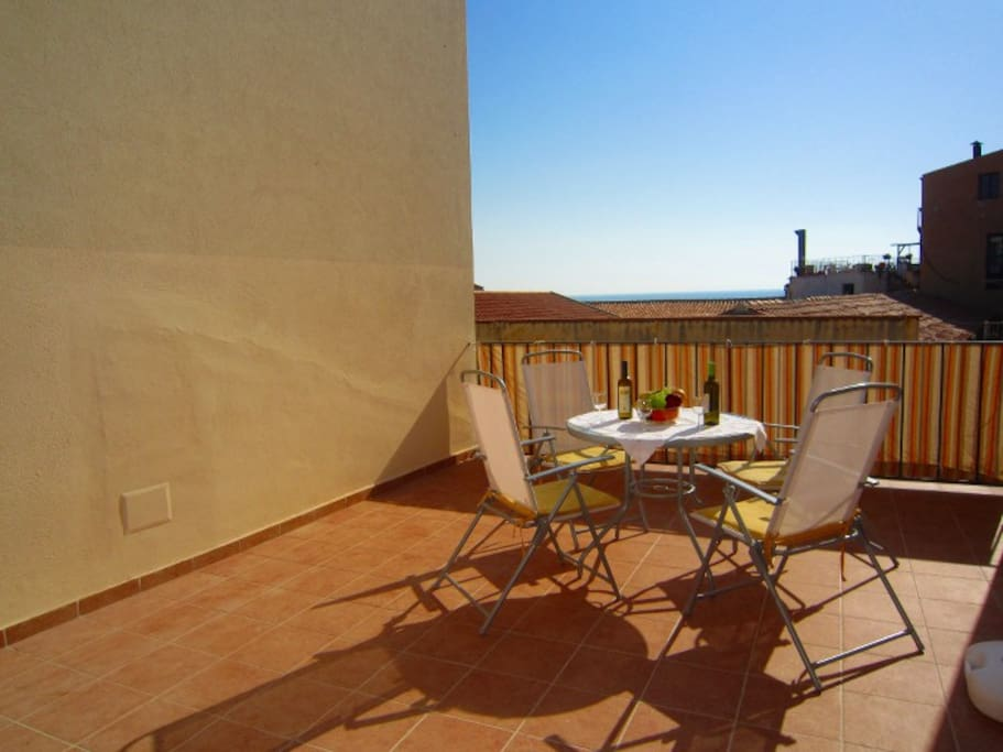 Spacious Apartment With Terrace Apartments For Rent In Cefal Sicily Italy