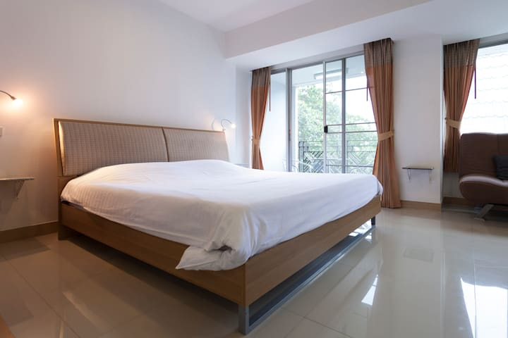 Apartment Galare Thong-STANDARD B 5