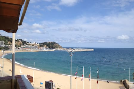 penthouse in front of the sea - Blanes