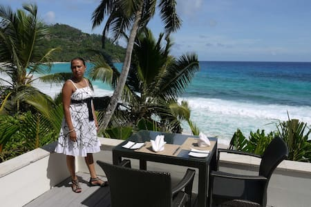 Seychelles/Mahe for 1 guest    1