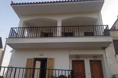 Skala Kallonis apartment - Σκάλα Καλλονής - Flat
