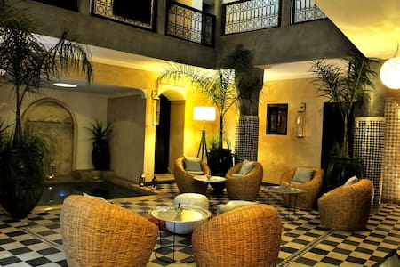 Riad chic privatisé piscine&WIFI - Marrakesh