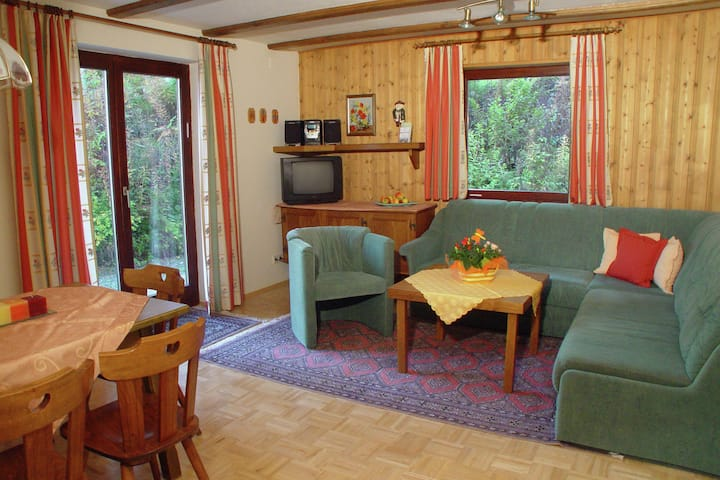 Alluring Apartment with Garden, Ski Storage, Sauna, Parking