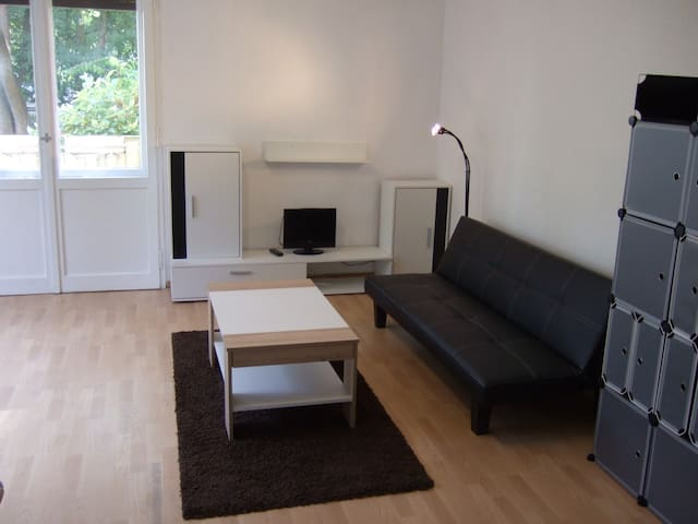 furnished apartment in Steglitz..............  :-) - Berlin - Appartement en résidence
