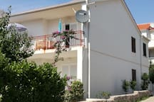 Large Apartment for 6 Near Beach with Terrace