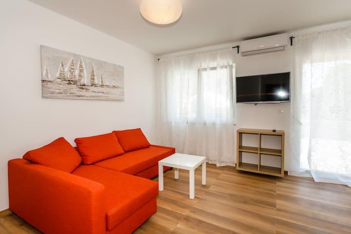 Modern new 4* apartment near the center - Nautica