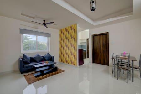 Furnished 1 BHK Flats @ Wipro Circle, Gachibowli