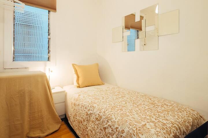 Single room in the heart of Gracia - Barcelona - Pis