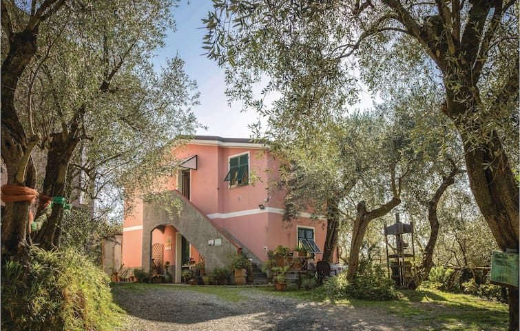Semi-Detached with 1 bedroom on 50m² in Moneglia GE