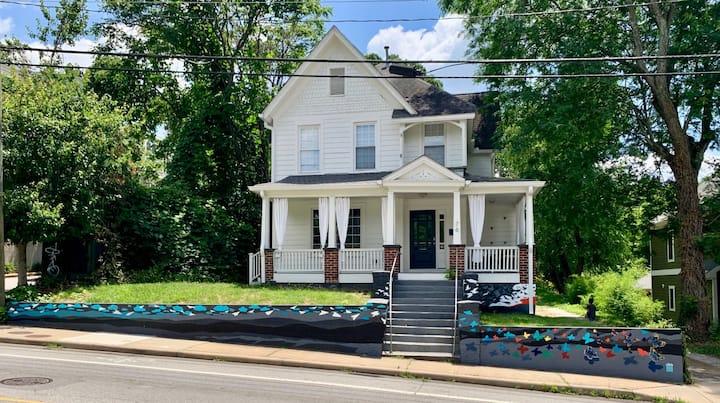 Historic River Arts District Home