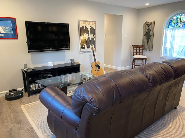 NEWLY RENOVATED Guesthouse Near Downtown Annapolis