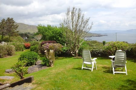 Ring of Kerry-Family holiday- views of Kenmare Bay - Caherdaniel - Casa