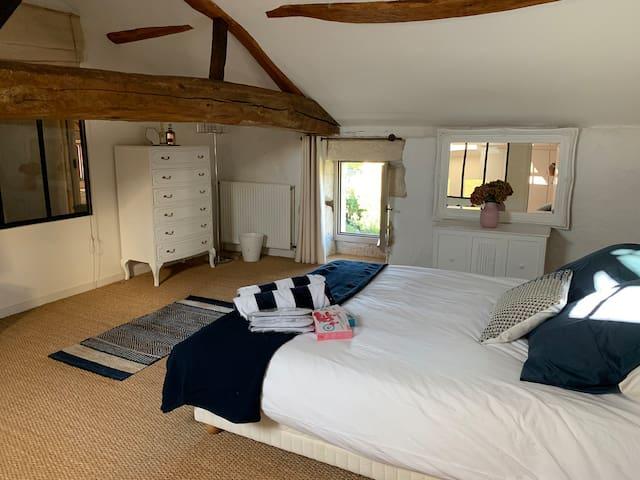 Guest bedroom - upstairs