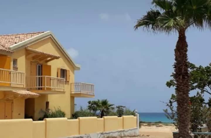 Apartamento de ensueño en la propia playa!