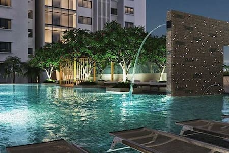 ⚫️⚫️ENTIRE APARTMENT & HEATED POOL - Ho Chi Minh