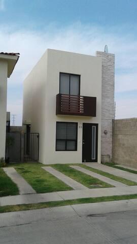Casa Campestre Residencial Zapopan - Zapopan - Casa