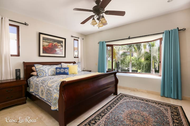 Guest bedroom #2. (King) En Suite.