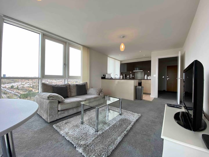 KD Tower 1 Bed Apartment with Balcony
