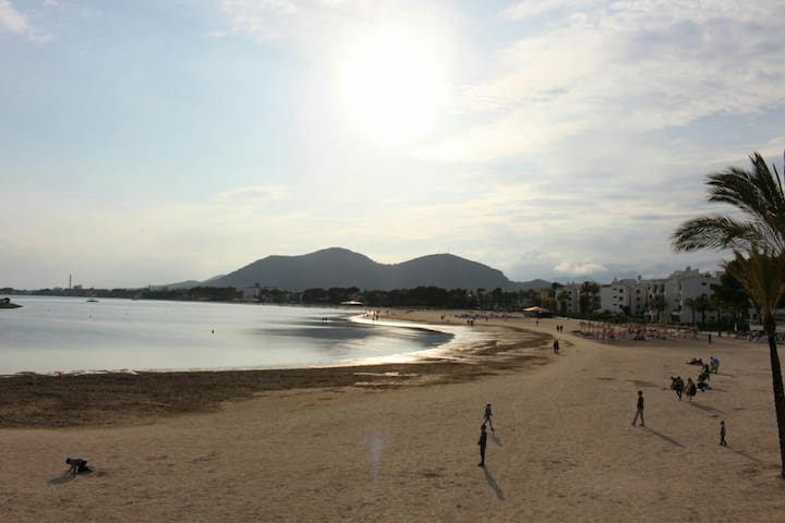 APARTAMENT 50 M. FROM THE BEACH! - Port d'Alcúdia - Huoneisto