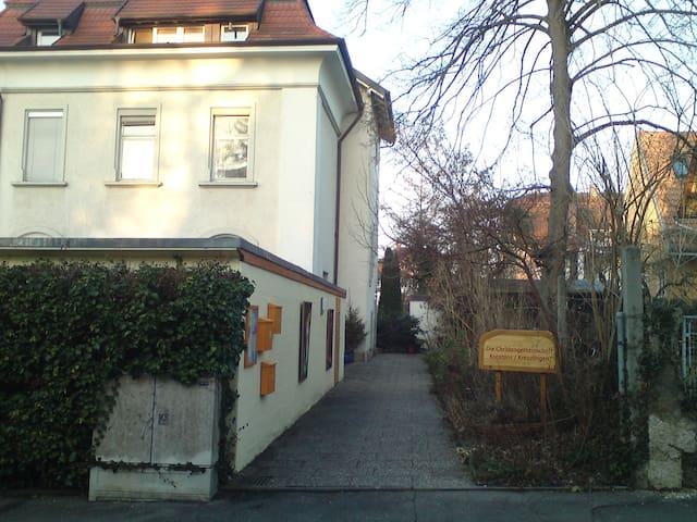 Gemeindehaus Christengemeinschaft - Constance - Bed & Breakfast