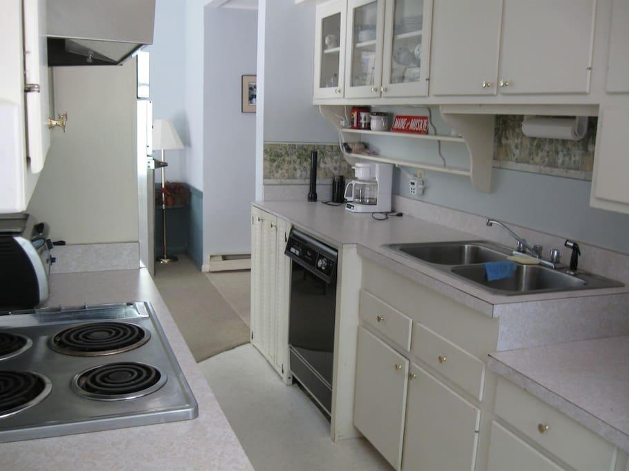 Clean, efficient kitchen.