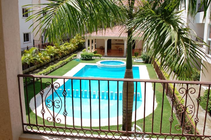 Pool and garden view apartment