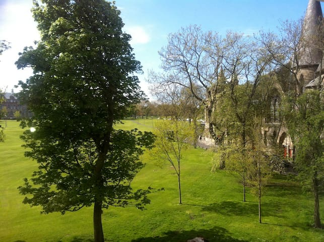Great View flat in centre 3 bedroom flat