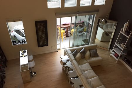 Modern luxury loft close to the beach - Carlsbad - Loft