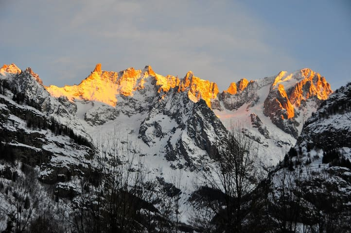 Airbnb Mont Blanc Vacation Rentals Places To Stay