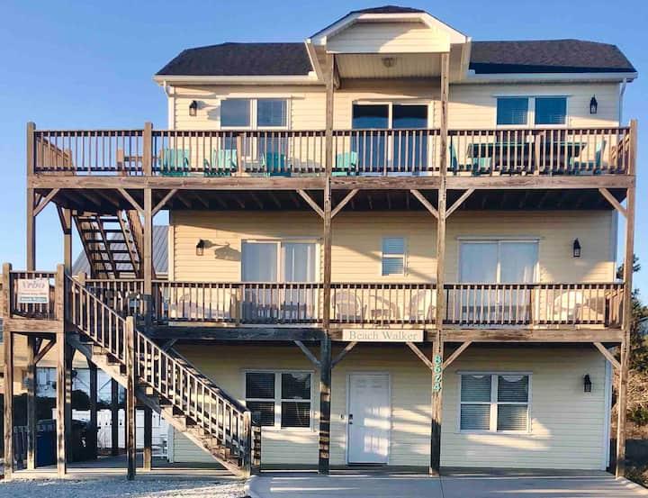 Beach Walker: Ocean views, private pool, sleeps 15