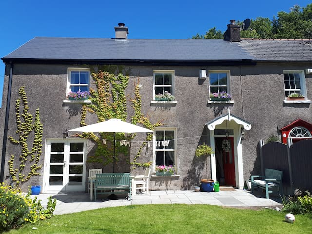 River Lane Cottage, Douglas, Cork City