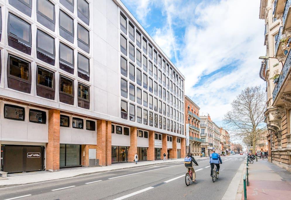 tr s beau t1 au centre historique de toulouse apartments for rent in toulouse languedoc. Black Bedroom Furniture Sets. Home Design Ideas