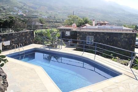 Casa Miguel y Angelika, eine Oase in Las Manchas - Las Manchas - Hus