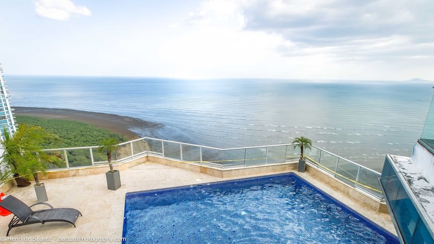 Luxurious apartment in Panama City with view
