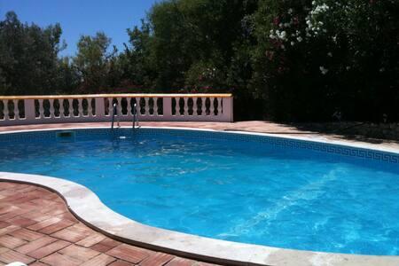 Villa with pool in Algarve - ลูเล - วิลล่า