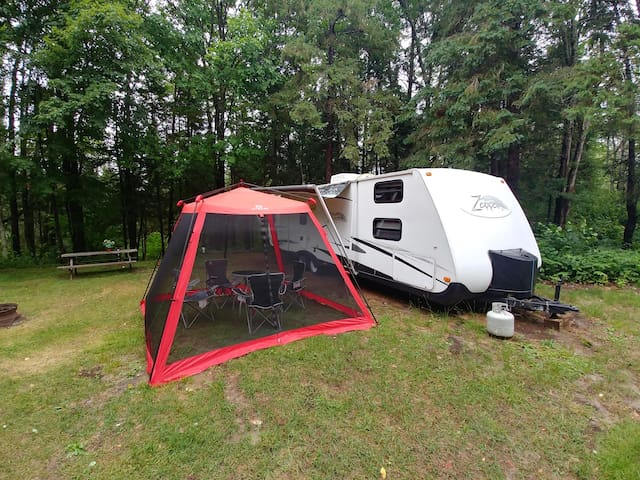 1 BR Jayco Skylark RV in the Golf RV Park