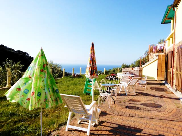 SINGLE APARTMENTS AT THE SEA SIDE - Imperia - Apartment