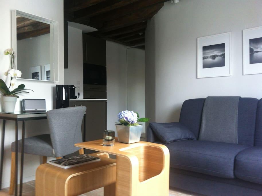 appartement plein coeur du marais appartements louer paris le de france france. Black Bedroom Furniture Sets. Home Design Ideas