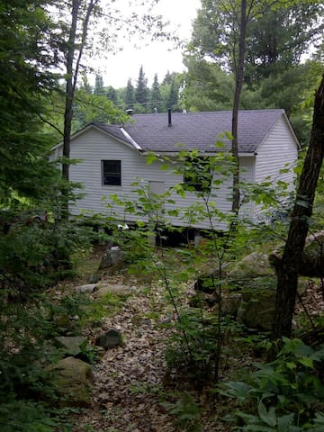 Cosy and affordable Muskoka cabin - Huntsville - Chalet