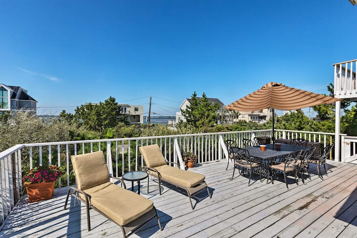 Westhampton Beach Home w/ Deck + Ocean Views!