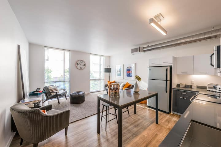 Rest easy and live life | 1BR in San Diego