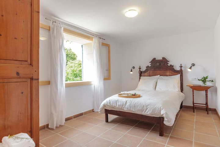 Guest house with private garden - Lloseta - Apartment