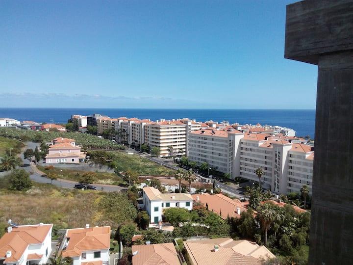 Blue Sea Apartment