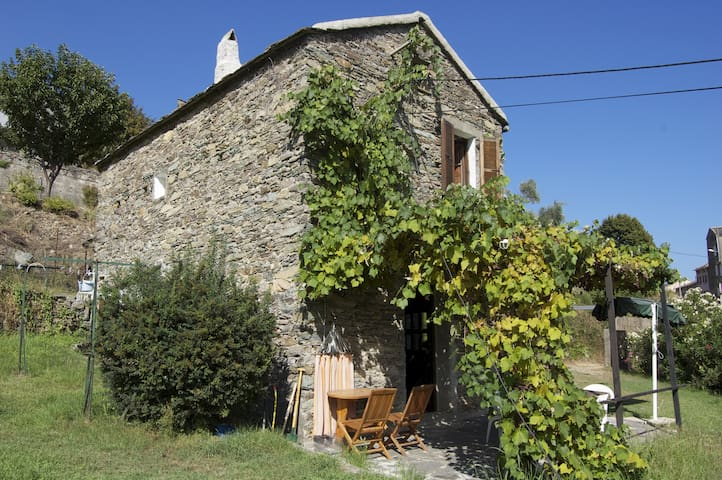 Charming house to rent in Corsica - Pietra-di-Verde