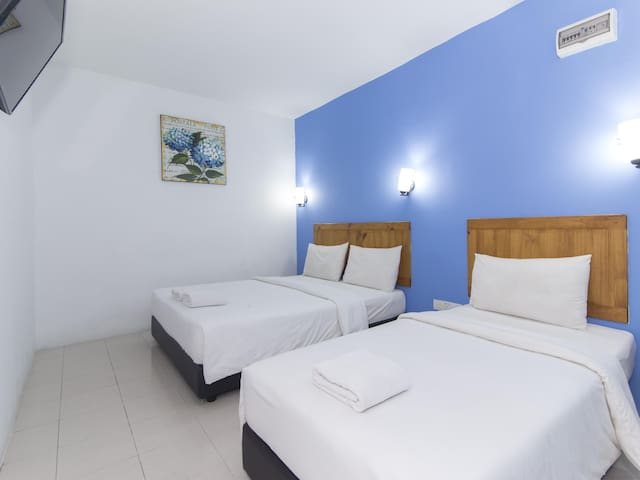 Midah Inn Puchong- Family Suite Stay!