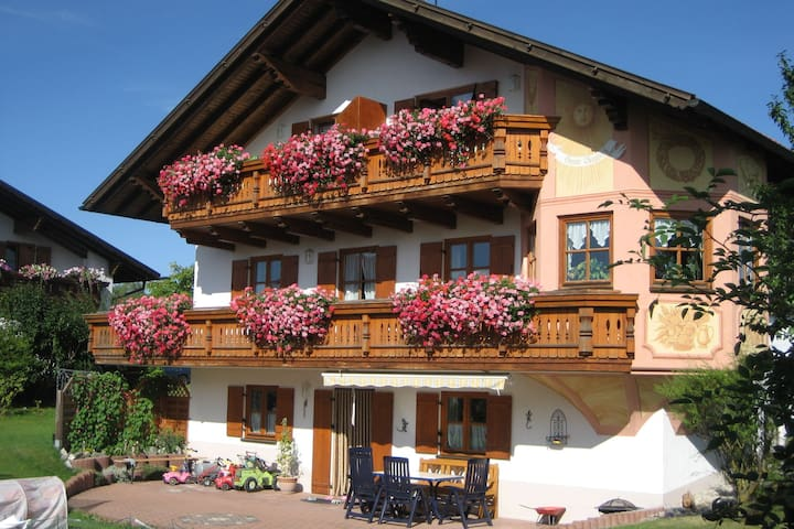 Beautiful apartment in Allgäu with balcony and spectacular view of the Alps