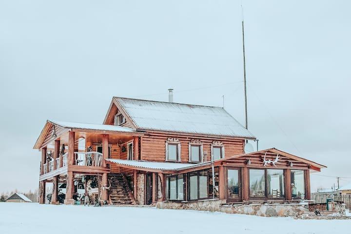 НОВЫЙ Тихий дом на берегу озера. Супер вид.